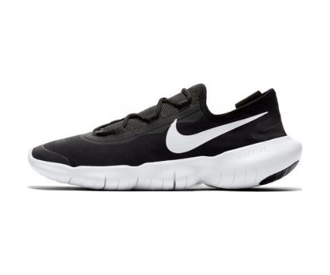 13 Nike Free Rn